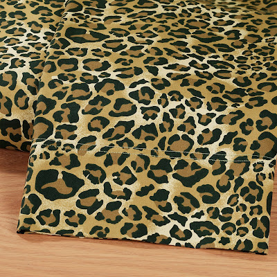 Cheetah wallpaper for bedroom
