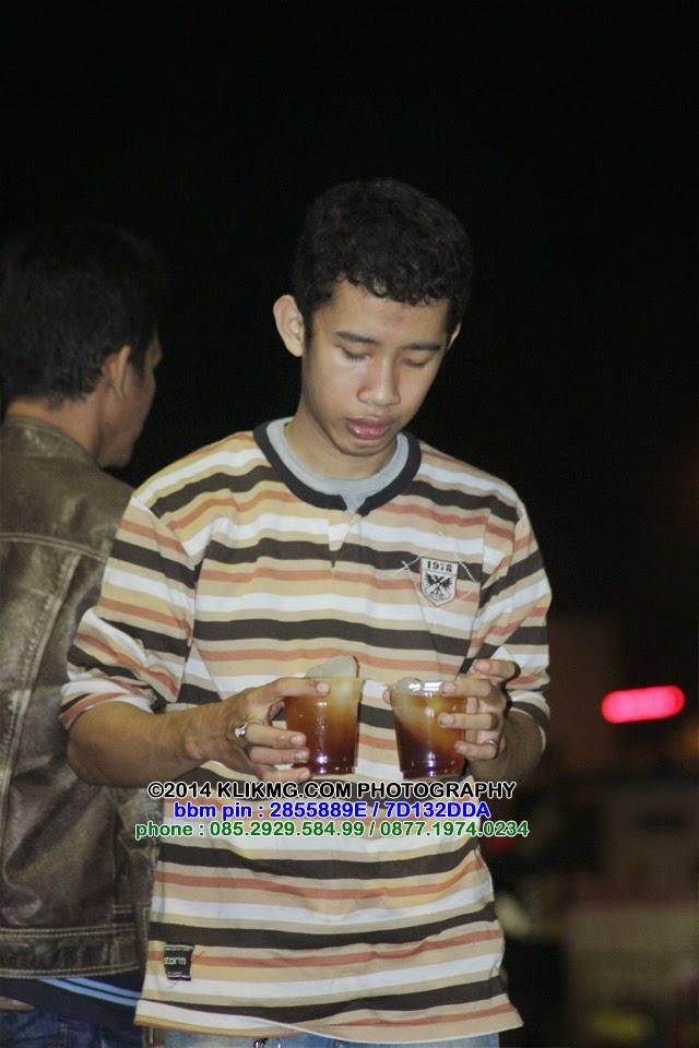 Keceriaan di Alun-alun Purwokerto, 21 Juli 2014 paska Tarawih