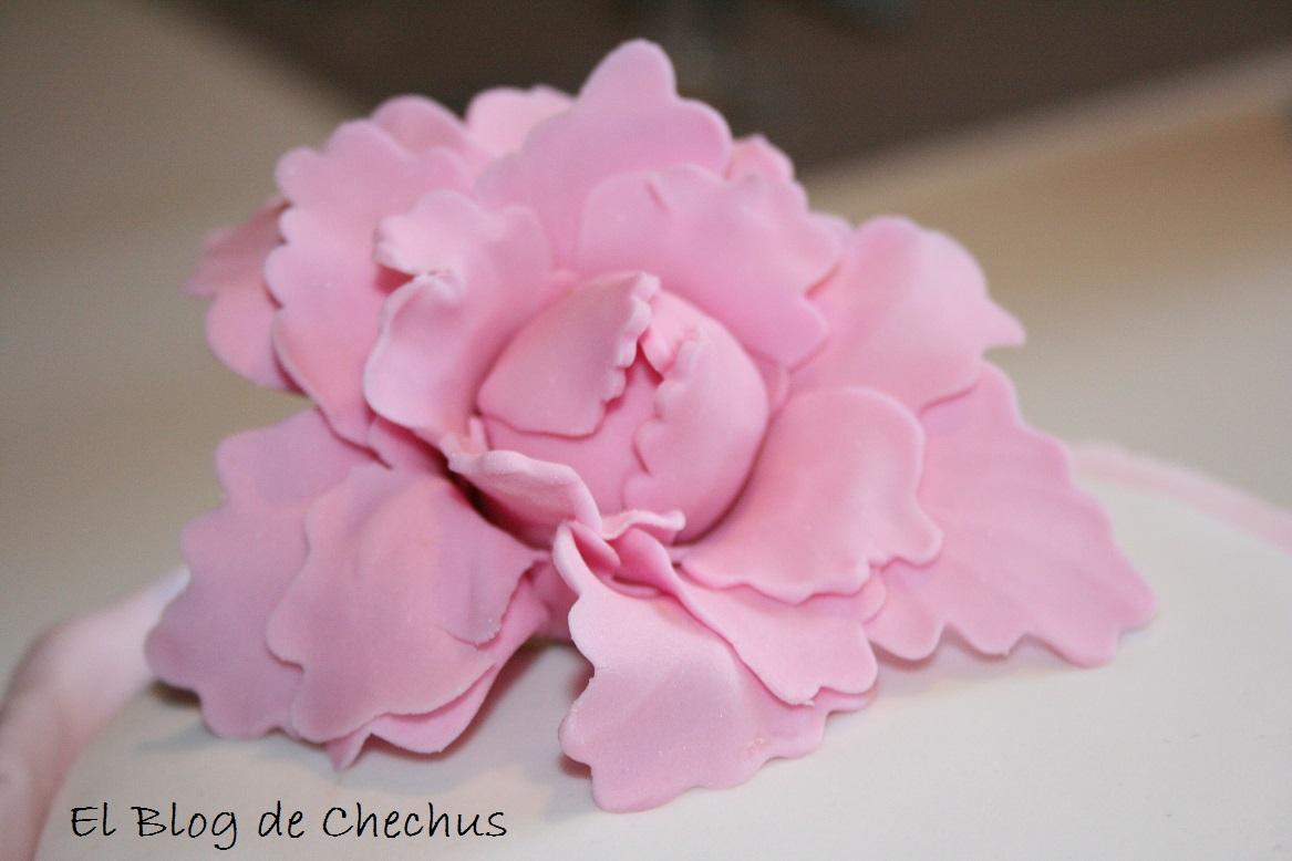 tarta con chocolate y fondant, el blog de chechus, chechus cupcakes