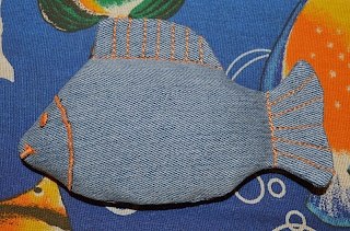Рыбка из джинса
