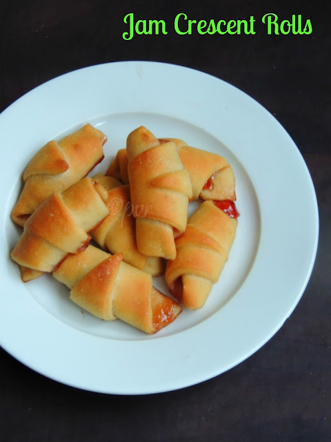 Jam crescent rolls, Mini crescent rolls with strawberry jam