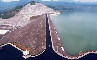 commemorate Wonorejo dam builders
