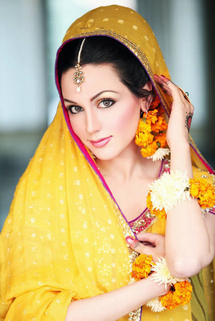 277735252Cxcitefun aisha linnea bridal mehndi 2 - Top Celebrity Fashion