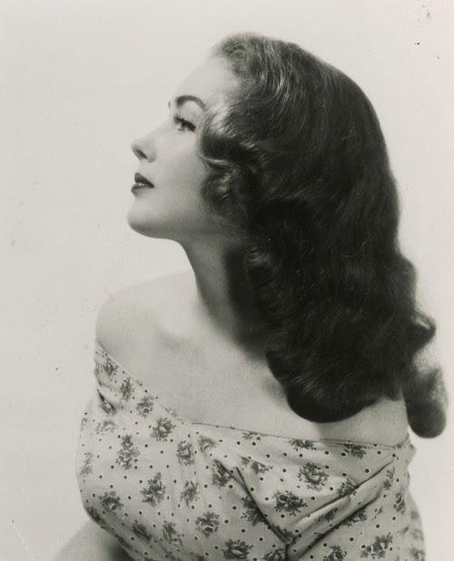 Vintage Hairstyles On Pinterest 1940s Hair 1940s Hairstyles And Vintage Hair