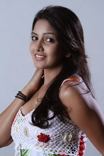 Actress Bhavani Reddy Latest Picture Gallery 20.JPG