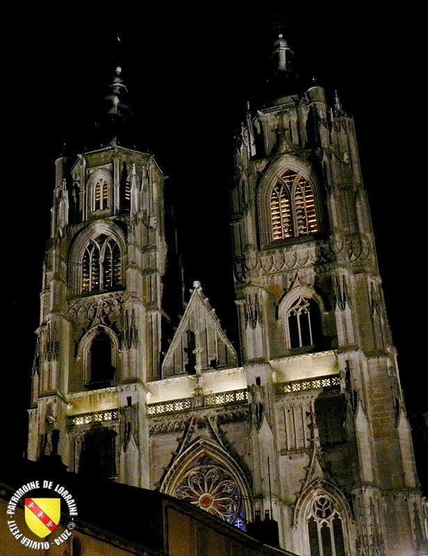 SAINT-NICOLAS-DE-PORT (54) - La basilique by night !