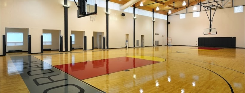 Basketball court in Michael Jordan's House