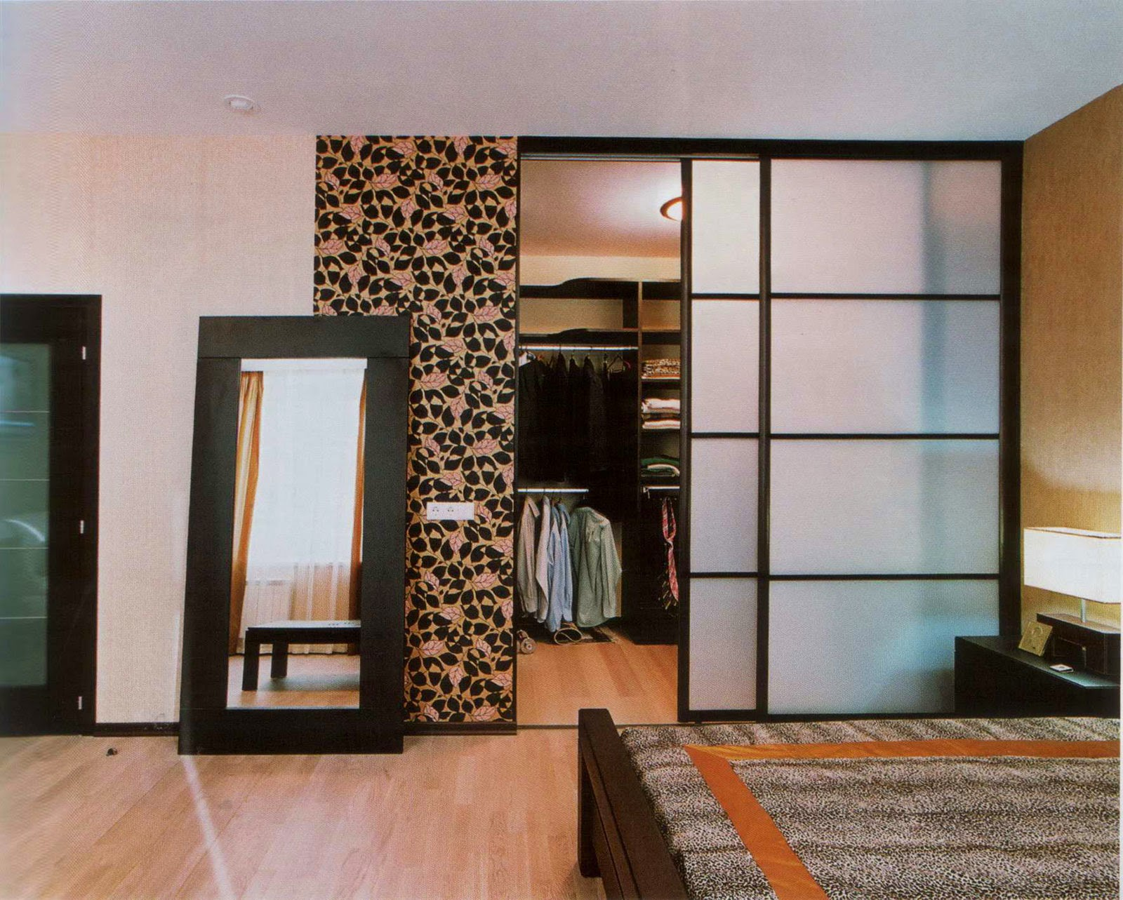 Wardrobe-Clothes-minimalist-style-Ala-Japan