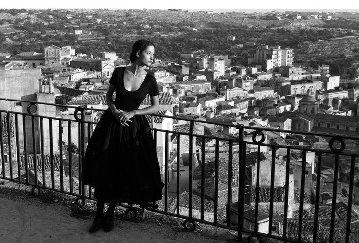 Come indossare un body nero - Donna Moderna
