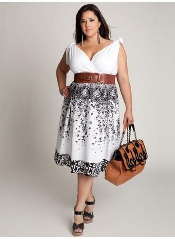 Modelos de Vestidos Para Gorditas blanco