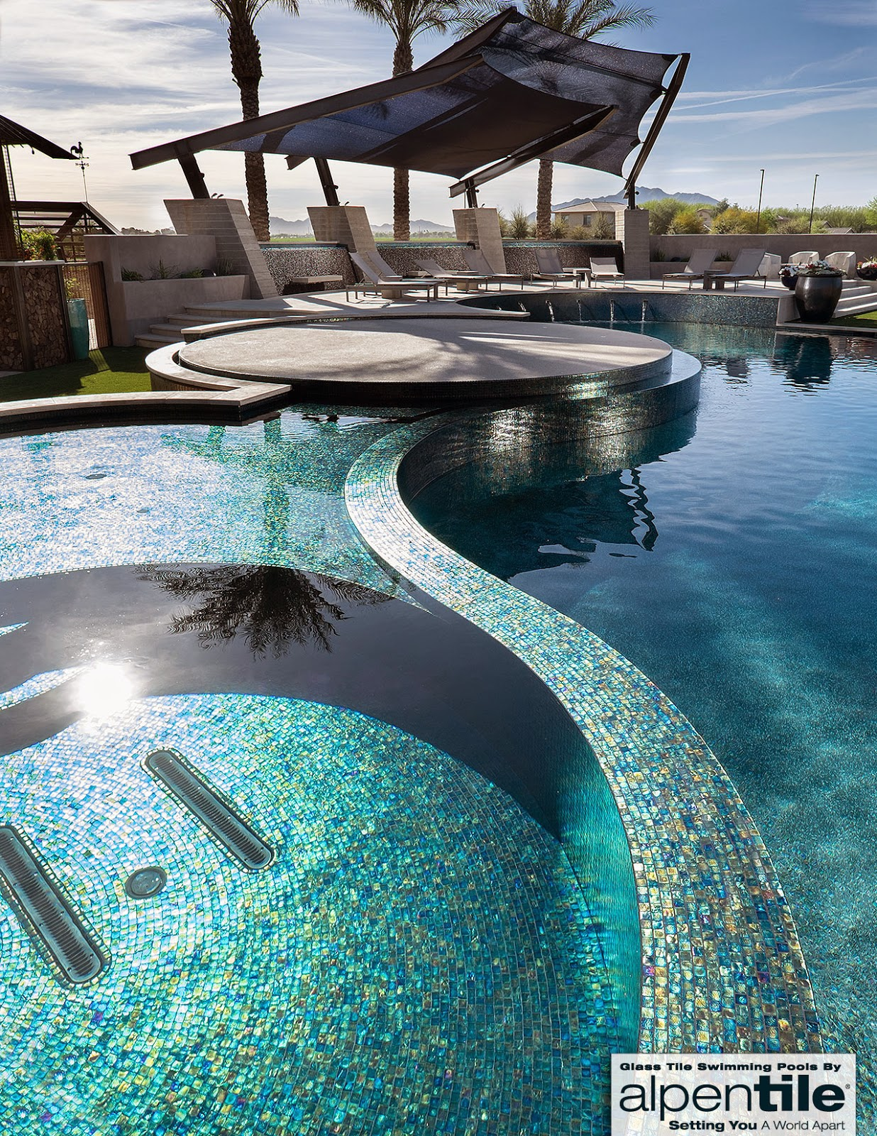 Alpentile Glass Tile Swimming Pools: This Glass Tile ...