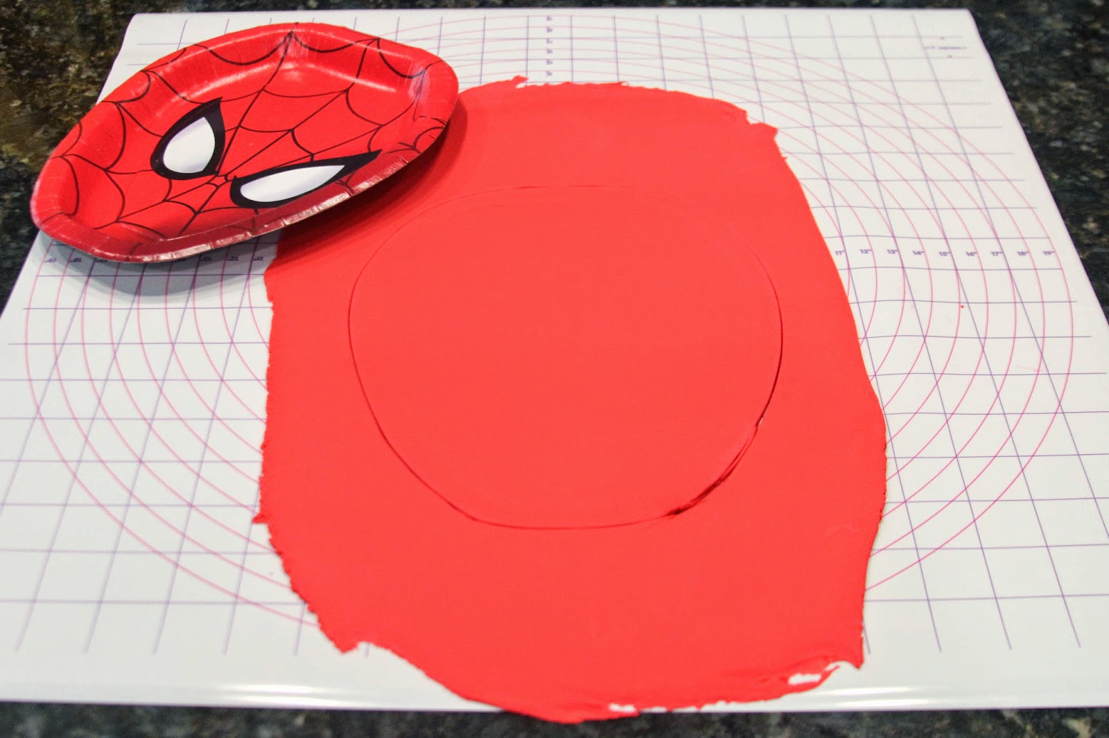 Nova mother how to make a spiderman birthday cake with for Spiderman template for cake