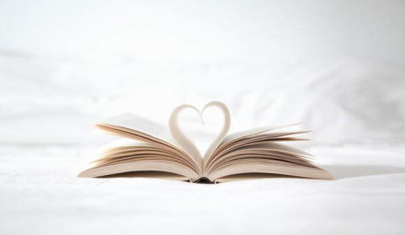 شاركنا بثقافتك: ما هو الكتاب الذي أثّر في حياتك؟
