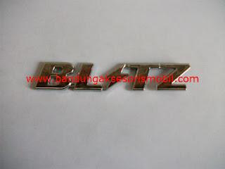 Aksesoris Mobil Emblem Car Logo Blitz