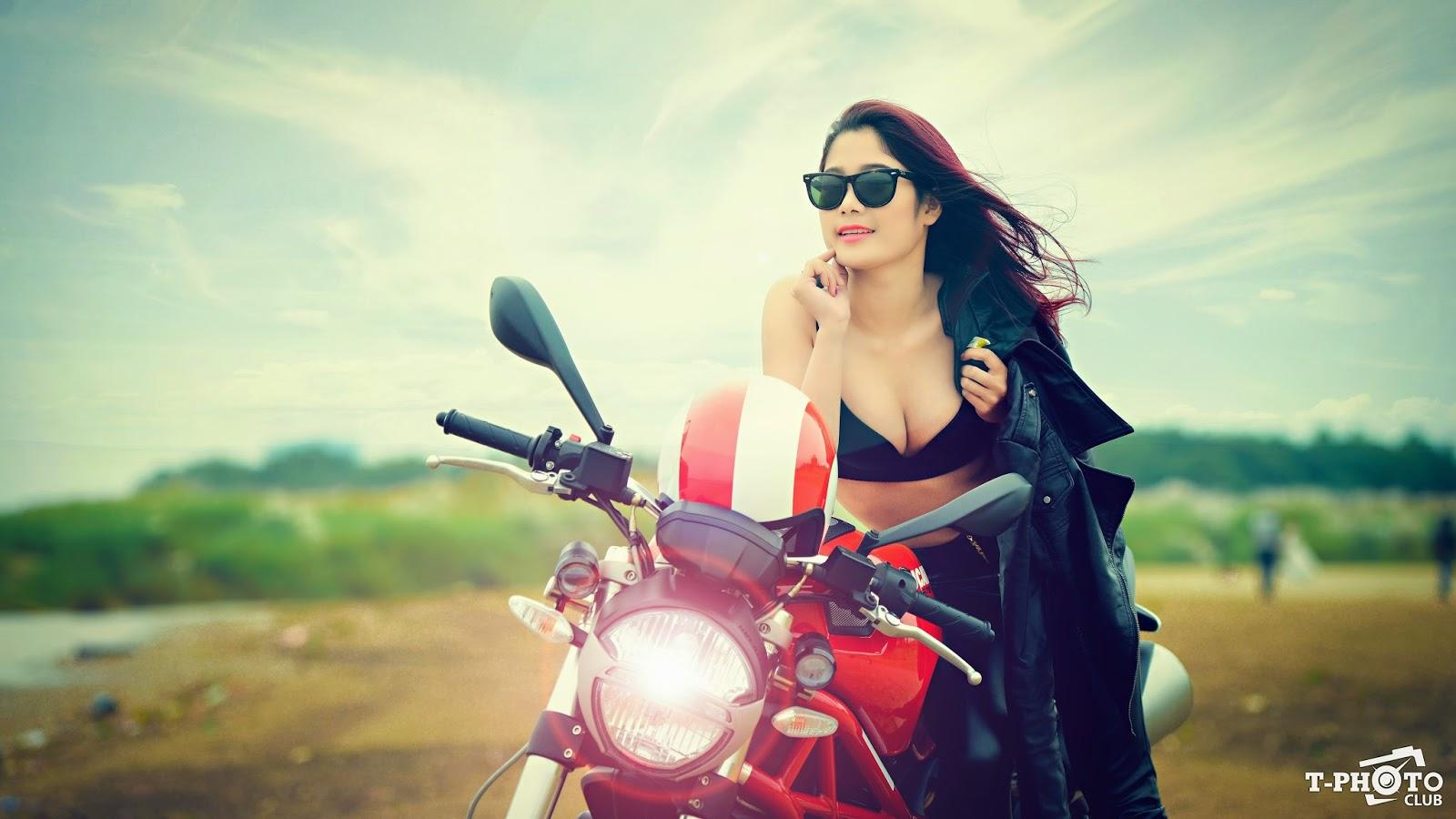 """Người đẹp và """"Quái thú"""" Ducati Monster 795"""