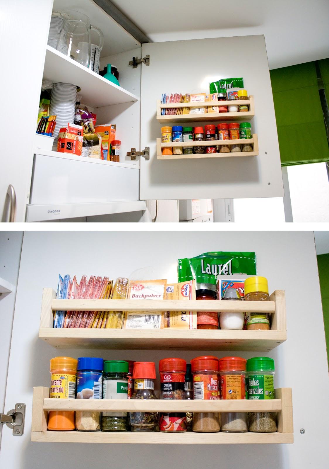 Blootiful montar un especiero en la puerta de un armario - Montar cocina ikea ...