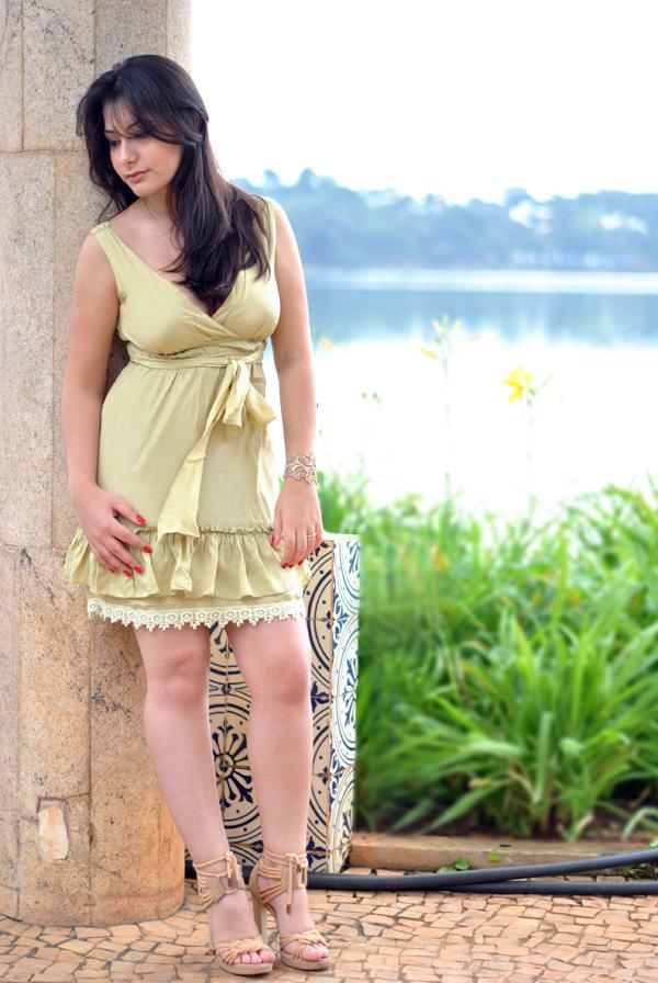 Barbara urias, casa do baile, pampulha, look, vestido seda e renda