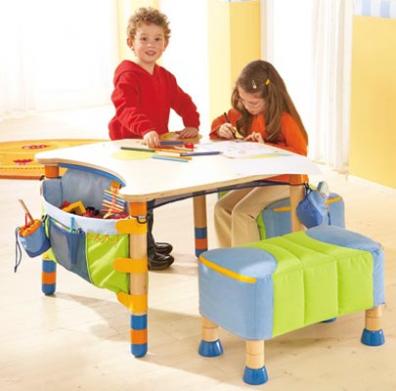 Decoraci n de la casa c modas y divertidas mesas de - Mesas pequenas para ninos ...