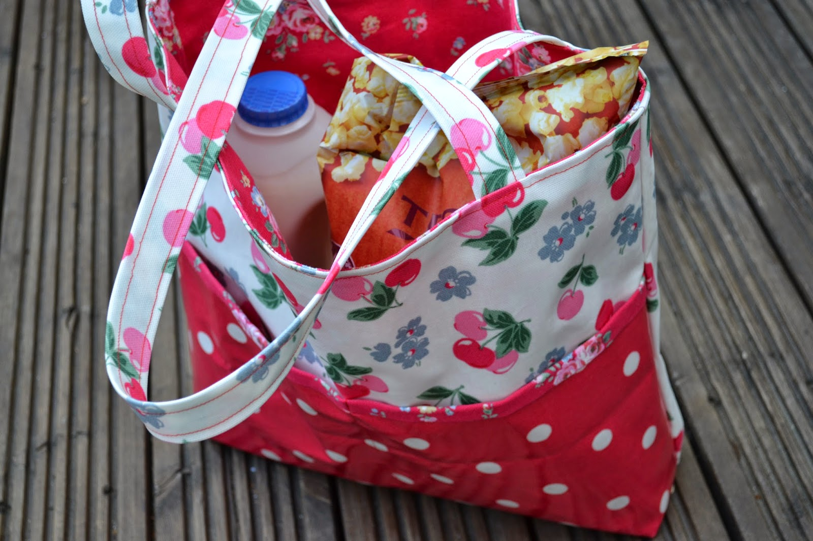 kitchen table sewing summer picnic bag