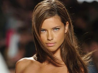 Adriana Lima Hot+(37) Adriana Lima Hot Picture Gallery