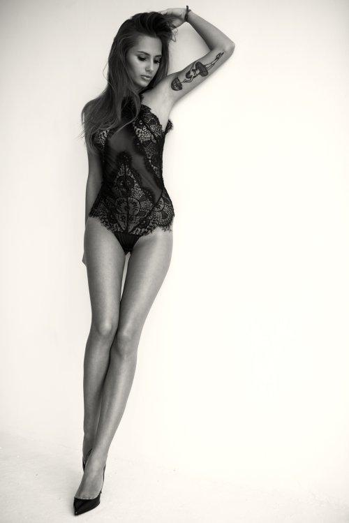 Lukasz Ratajak fotografia mulheres modelos polonesas sensuais Paulina Mikolajczak