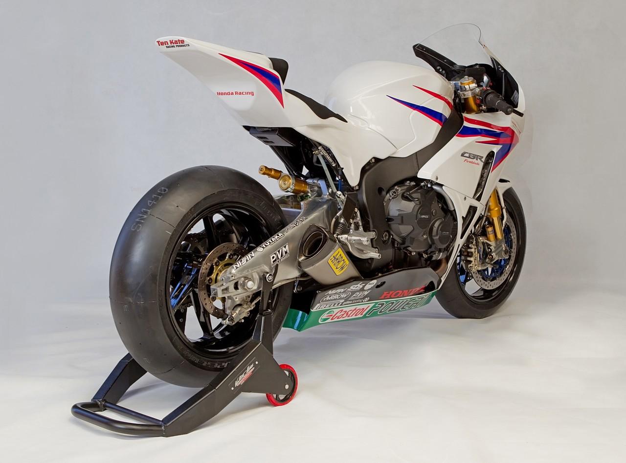 Machines de courses ( Race bikes ) - Page 8 Honda%2BCBR%2B1000%2BRR%2BTeam%2BTenKate%2B2012%2B05
