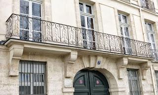 Balcon du 7 quai d'Anjou à Paris