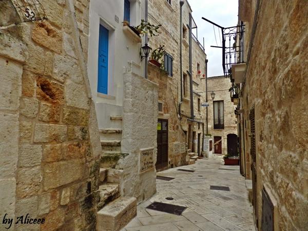 polignano-a-mare-oras-turistic-italia