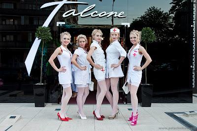 بنات ممرضات شقروات 2016 مثيرات Blonde_Nurse_Parade_