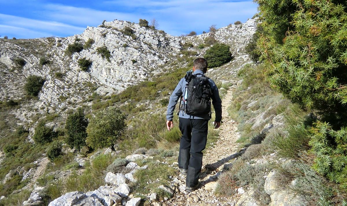 Approaching Col de Cavillore
