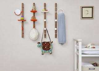 Hangers and racks, storage emergency