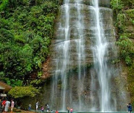 Tempat Wisata di Sumatera Barat Lembah Harau