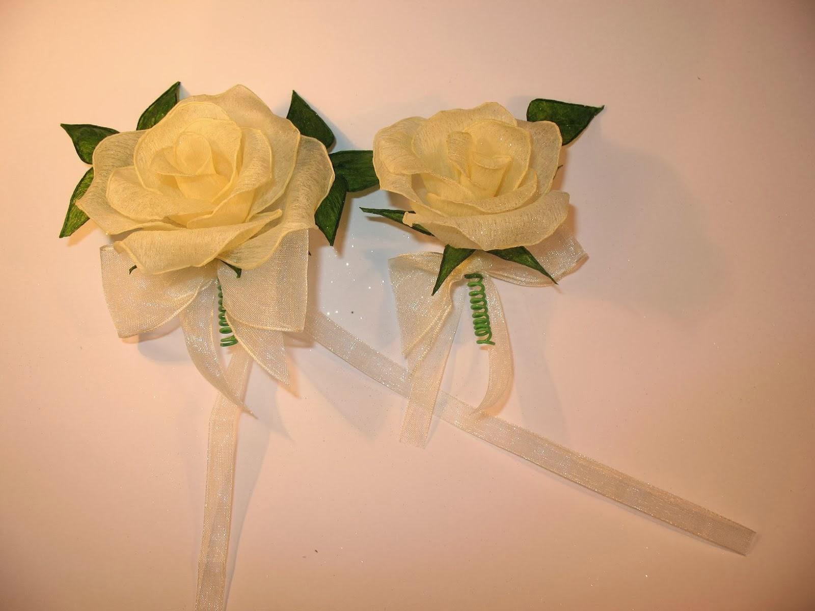 Kotylion na rękę i do przypięcia - róża wywijana