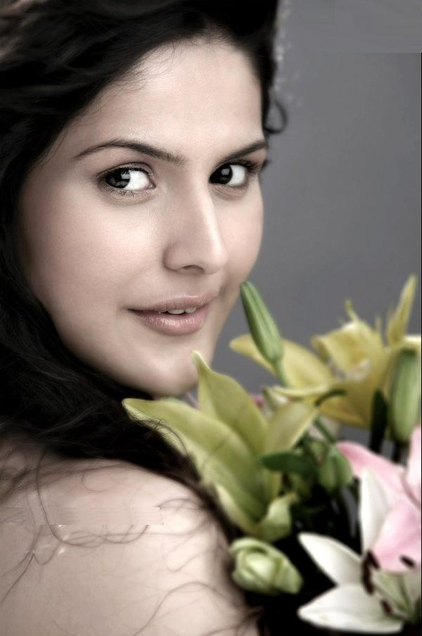 Nalamalpu At Pm Labels Zareen Khan Zarine Film Actress