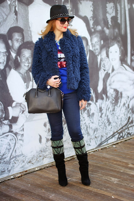 faux fur jacket, Givenchy Antigona bag, Cesare Paciotti boots, Fashion and Cookies, fashion blogger