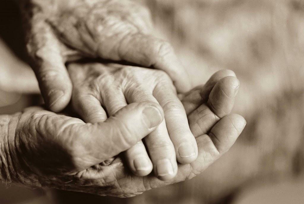 Pandangan Hidup Yang Harus Kita Ubah Tentang Orang Tua Kita