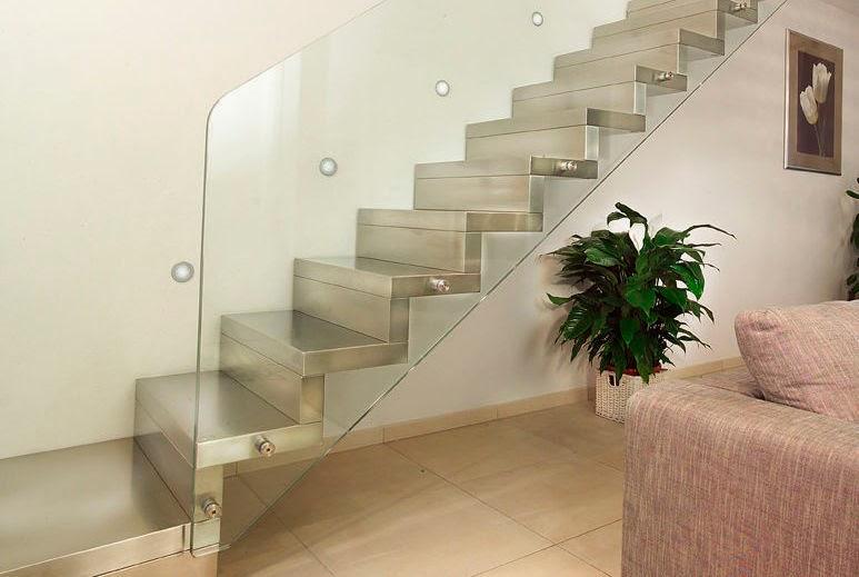 Escaleras de interior dismarquitectura for Escaleras suspendidas