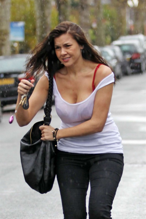 Imogen Thomas In T Shirtcronicassico Tropicas