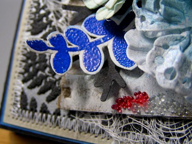 mikrogranulki szklane_kartka z tapety_embossing na gorąco