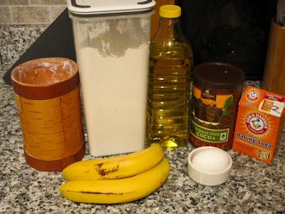 Шоколадные маффины с бананами