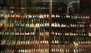 Koleksi Sepatu Imelda Marcos