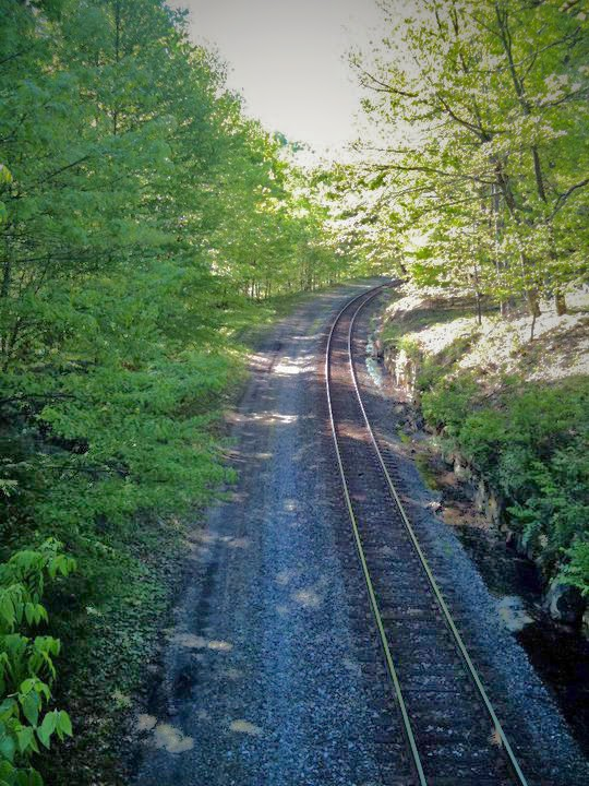 Railroad tracks at Valley Falls State Park