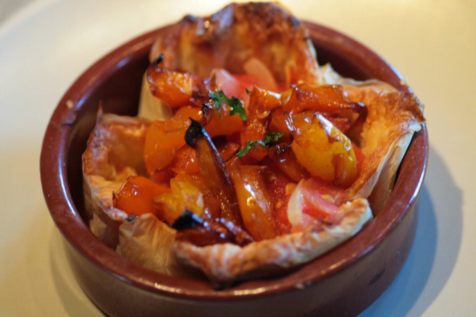 Vin de pissenlit une entr e sympa tartelette tomates for Entree sympa pour repas entre amis