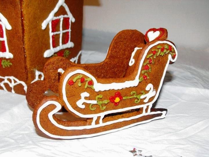 släde, pepparkakssläde, pepparkakshus, pepparkaka, Sösdala, Hässleholm, Jul, Christmas, gingerbread, gingerbreadhouse, kristyr, pyssla