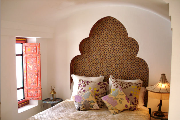 Beautiful hidden gem the modern ryad in marrakech for Decoration maison jebes