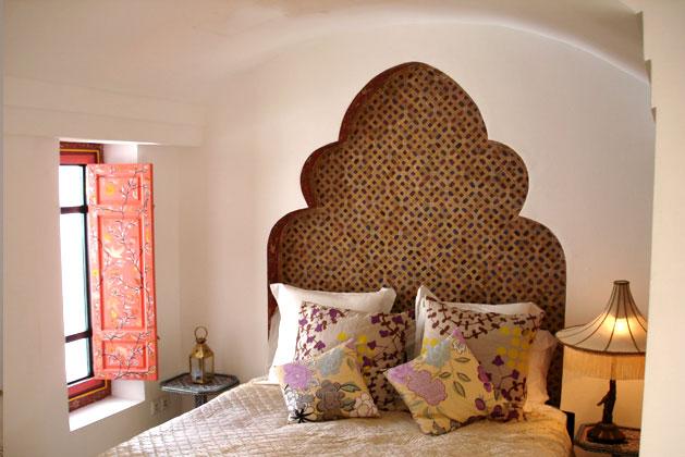 Beautiful hidden gem the modern ryad in marrakech for Decoration jebes