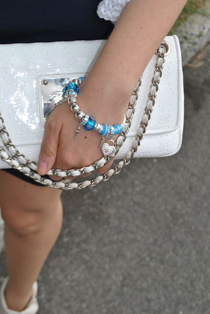bracciale con charm majique bracciali con charm bracciali estate 2015 accessori estate 2015 summer bracelets magic london bracelets oceanic jewellers mariafelicia magno fashion blogger color block by felym fashion blog italiani fashion blogger italiane