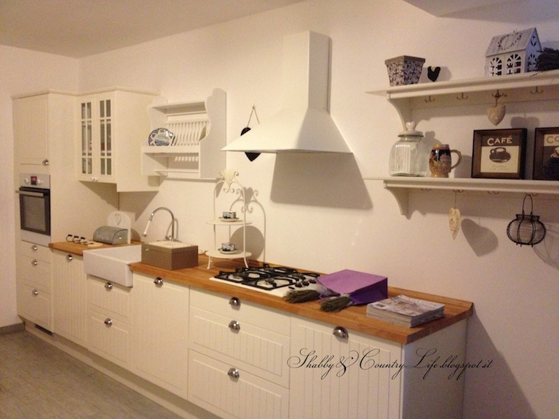 Shabby country life come progettare una cucina ikea for Arredamento country chic ikea