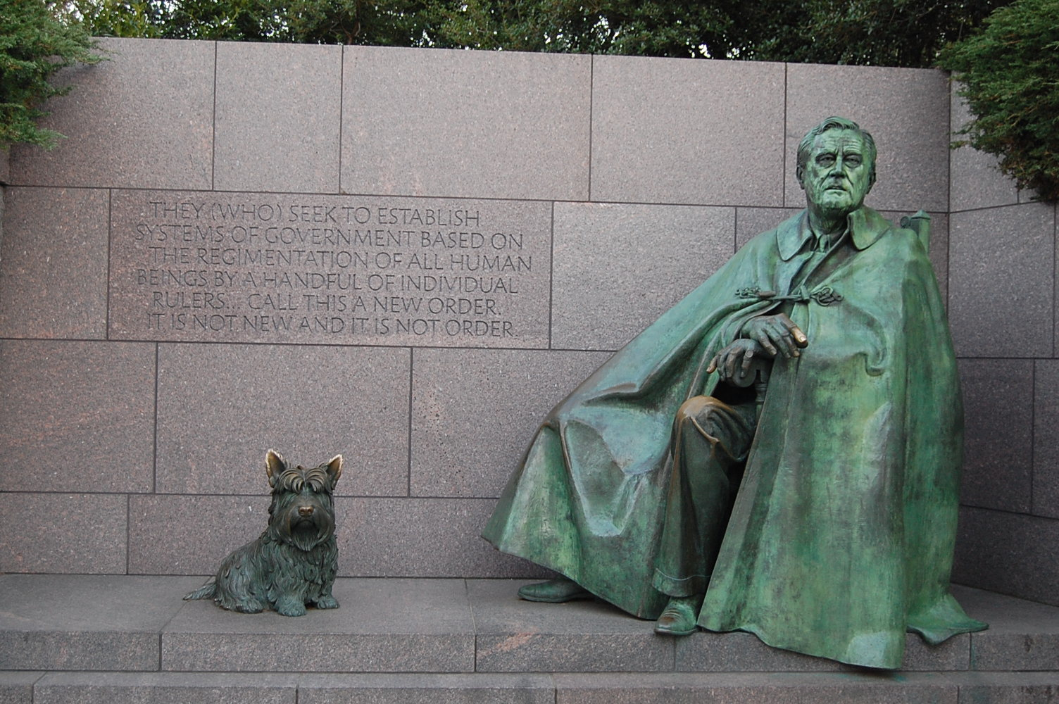 go us history this picture shows a bronze statue of franklin delano roosevelt and his dog fala