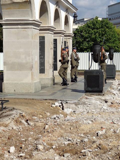 Zmiana warty przy Grobie Nieznanego Żołnierza
